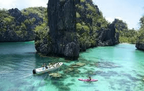 Palawan island hopping and activities